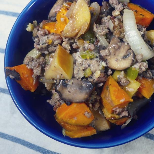 Sausage, Sweet Potato & Apple Paleo Thanksgiving Stuffing