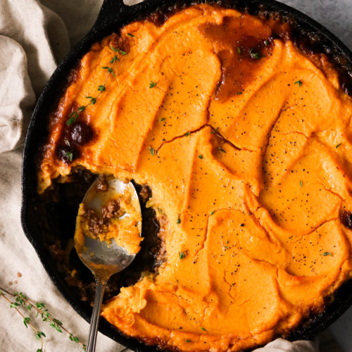 Low Carb Shepherd's Pie with Mashed Cauliflower & Carrots (Paleo, Whole30, AIP Option)