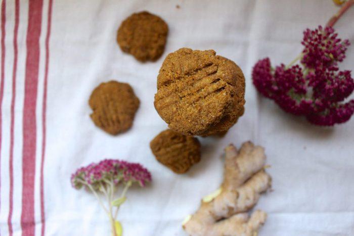 paleo ginger snaps
