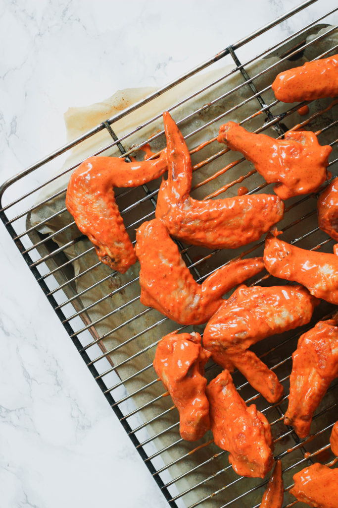 Spicy Garlic Sauce Chicken Wings Paleo