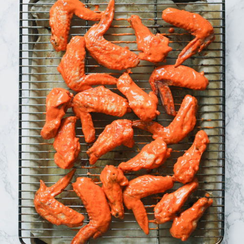 Spicy Garlic Sauce Chicken Wings (Paleo)