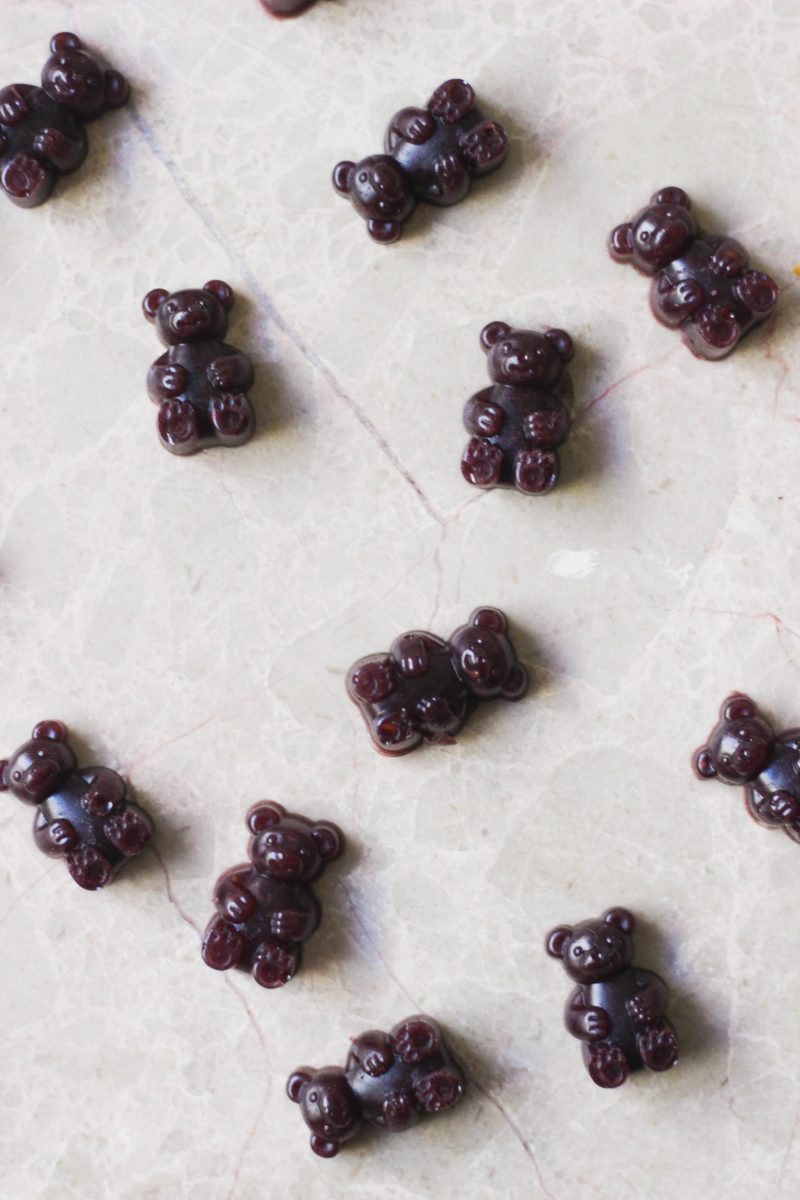 Paleo Blueberry Sour Gummies
