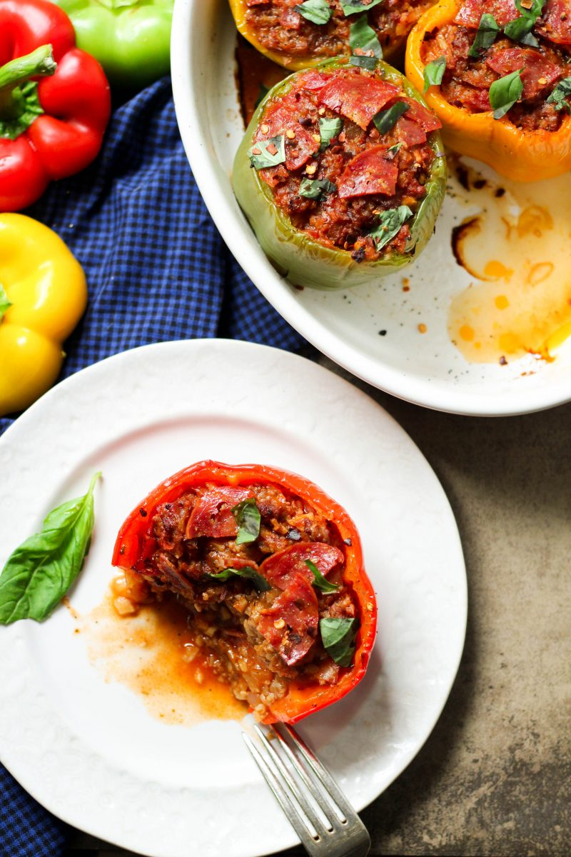 Whole30 Paleo Pizza Stuffed Peppers