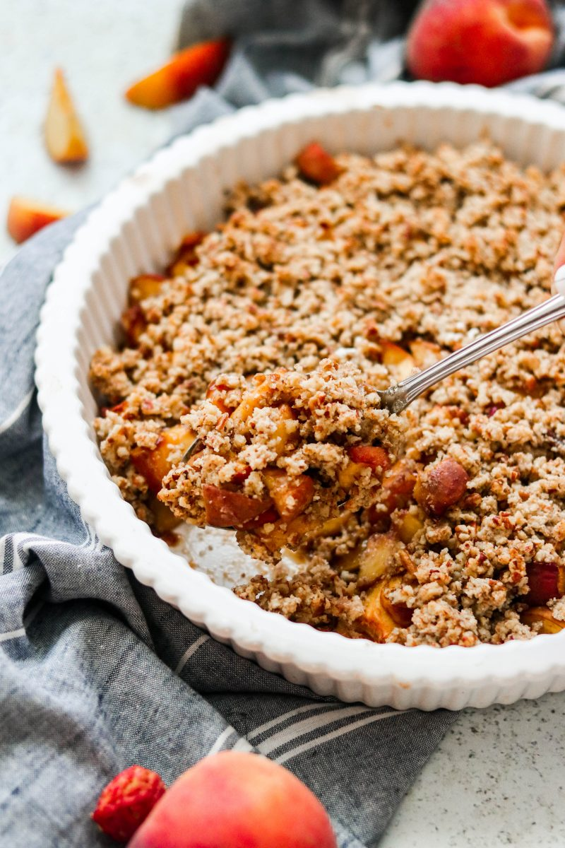 Easy Vegan & Paleo Peach Crisp