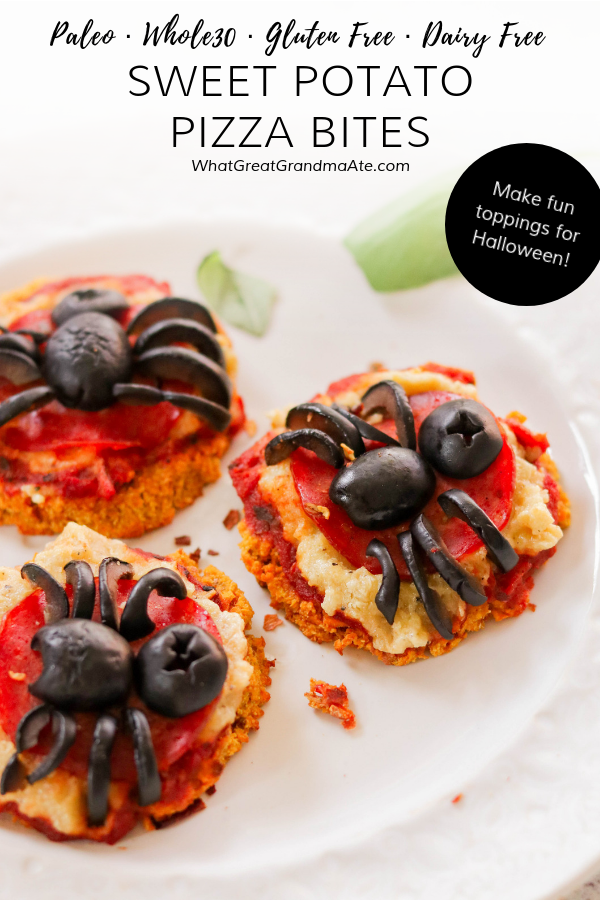 These Paleo and Whole30 Sweet Potato Pizza Bites are so fun and easy to make, and you can even make spooky shapes with the toppings for Halloween! #halloweenrecipe #halloween #paleo #pizza #glutenfree #whole30 #grainfree #dairyfree #kidfriendly