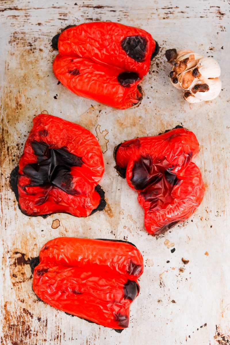 garlicky whole30 roasted red pepper sauce