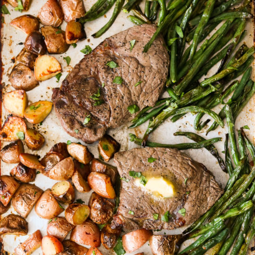 Sheet Pan Steak and Potatoes with Green Beans (Paleo, Whole30)