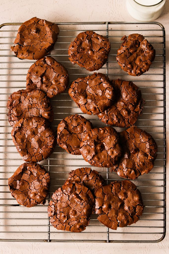 paleo flourless chocolate cookies cooling on a cooling rack