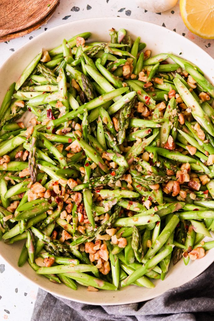 raw asparagus salad with walnuts
